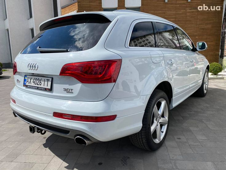 Audi Q7 2013 белый - фото 3