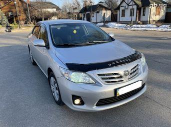 Бензиновые авто 2011 года б/у в Киеве - купить на Автобазаре
