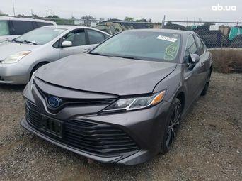 Продажа б/у Toyota Camry - купить на Автобазаре