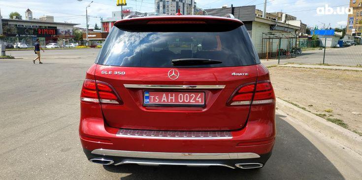 Mercedes-Benz GLE-Класс 2018 красный - фото 9