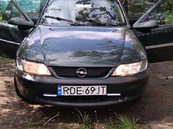 Продажа б/у хетчбэк Opel Vectra - купить на Автобазаре