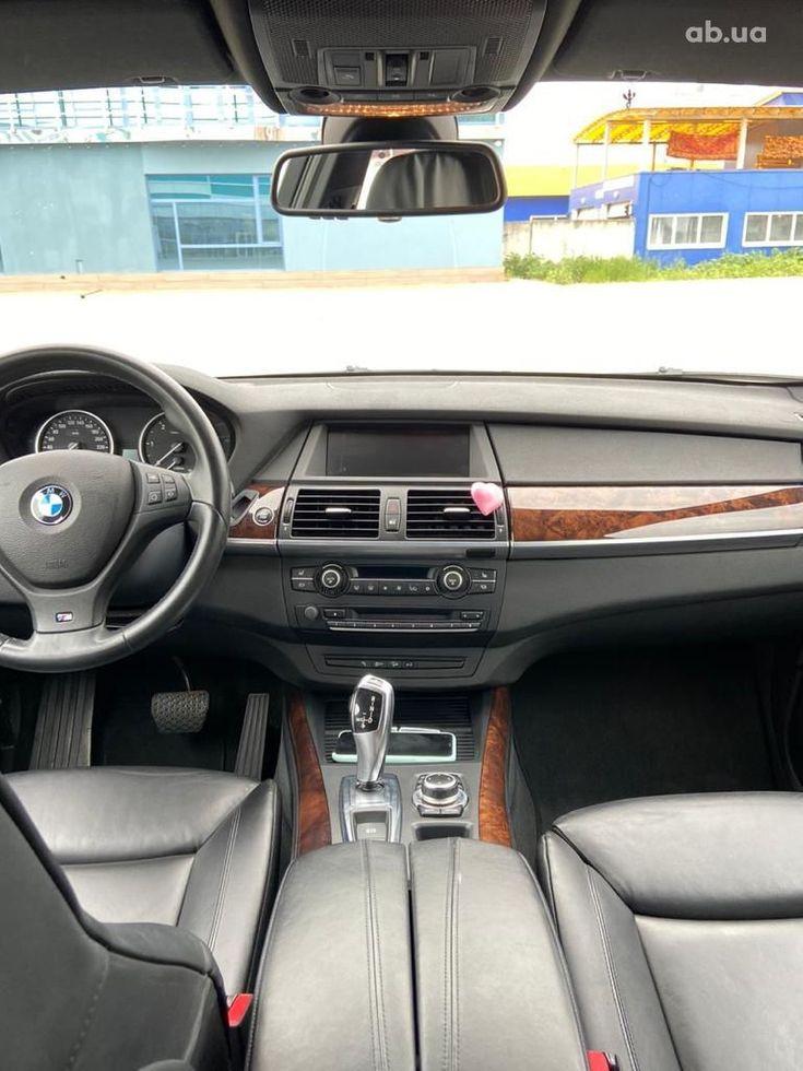 BMW X5 2011 - фото 12
