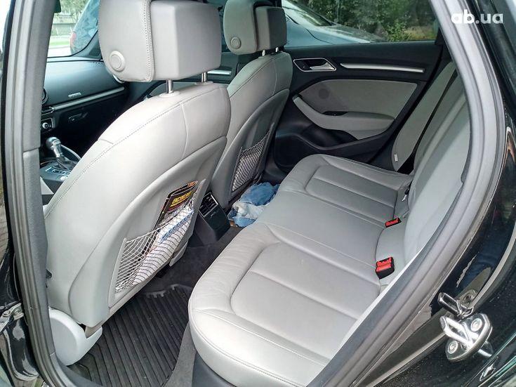 Audi A3 2017 черный - фото 13