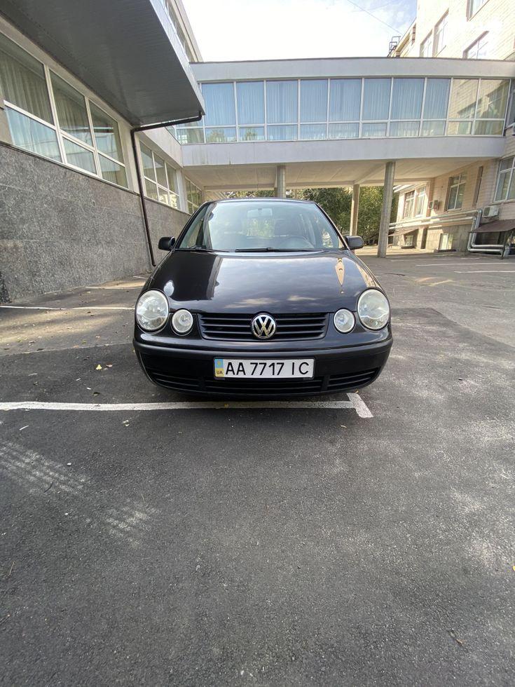 Volkswagen Polo 2004 черный - фото 1