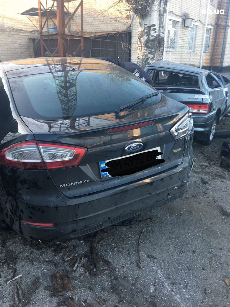 Ford Mondeo 2013 черный - фото 3