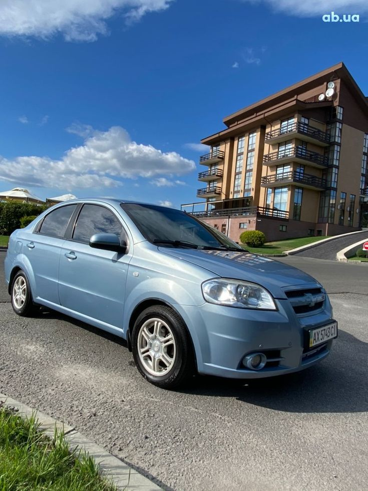 Chevrolet Aveo 2007 синий - фото 2