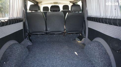 Volkswagen Transporter 2007 серый - фото 9