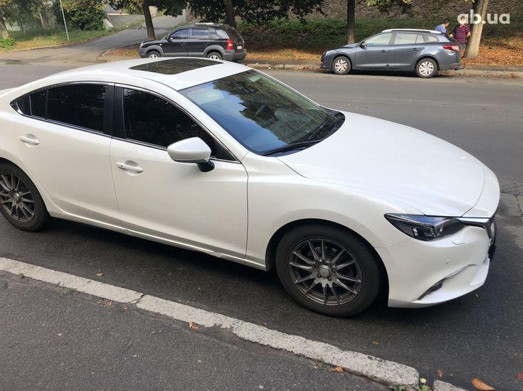 Mazda 6 2016 белый - фото 2