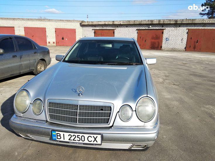 Mercedes-Benz E-Класс 1998 серый - фото 4
