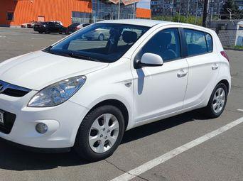 Продажа Hyundai б/у 2010 года в Мариуполе - купить на Автобазаре