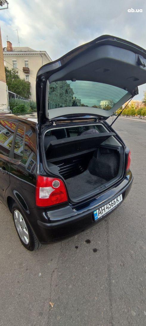 Volkswagen Polo 2002 черный - фото 7