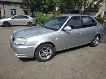 Продажа Hyundai б/у 2003 года - купить на Автобазаре