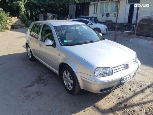 Volkswagen Golf 2003 серебристый - фото 4