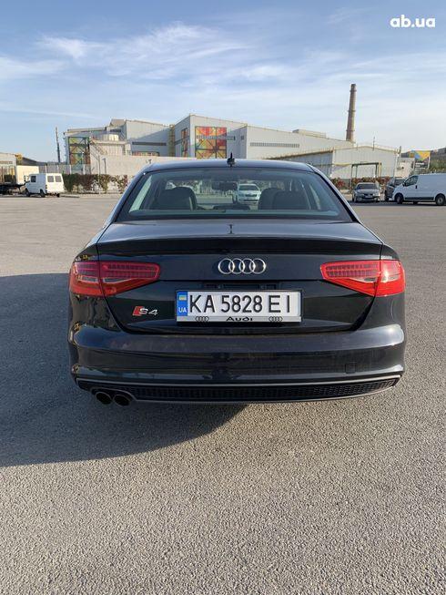 Audi A4 2014 черный - фото 12