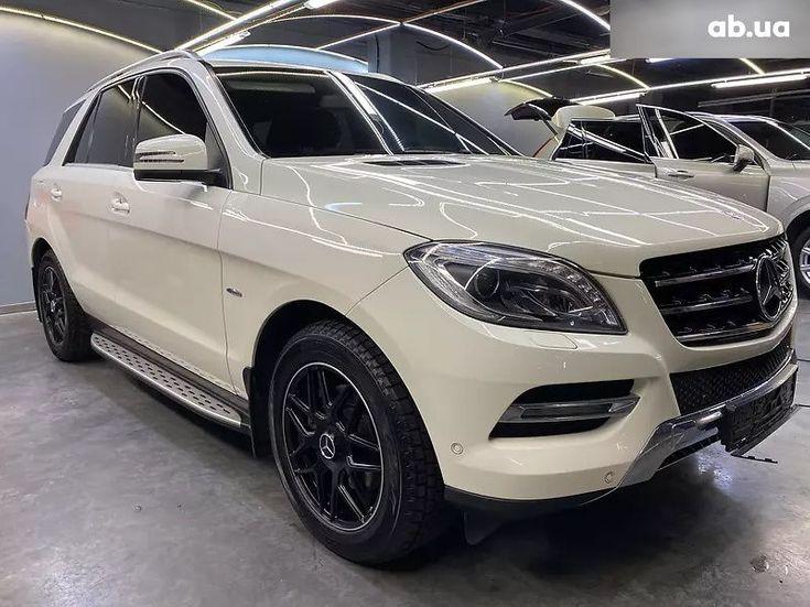 Mercedes-Benz M-Класс 2013 белый - фото 8