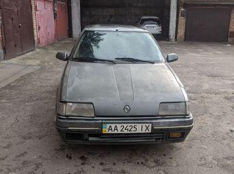 Автомобиль бензин Рено 19 1991 года б/у в Киеве - купить на Автобазаре