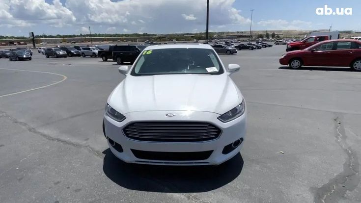 Ford Fusion 2014 белый - фото 4