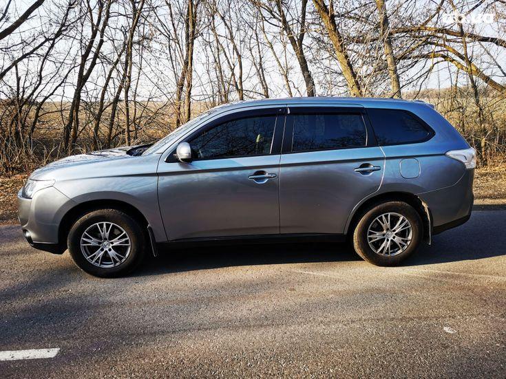 Mitsubishi Outlander 2014 серый - фото 10