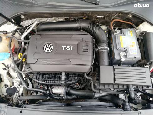 Volkswagen Passat 2014 белый - фото 9