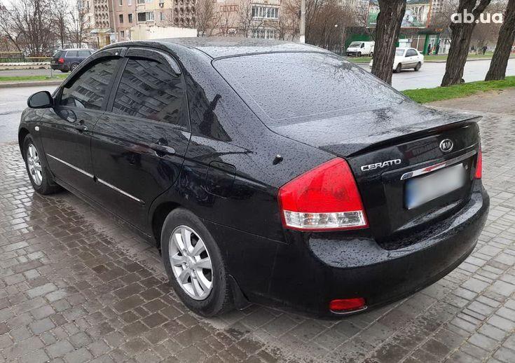 Kia Cerato 2007 черный - фото 8