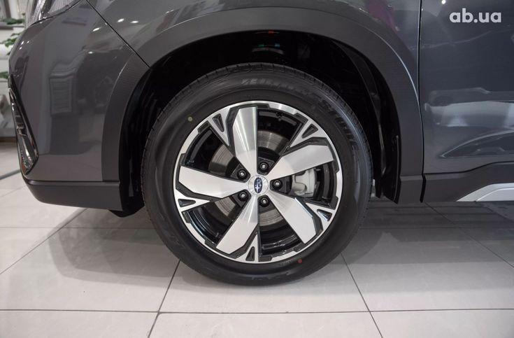 Subaru Forester 2020 серый - фото 18