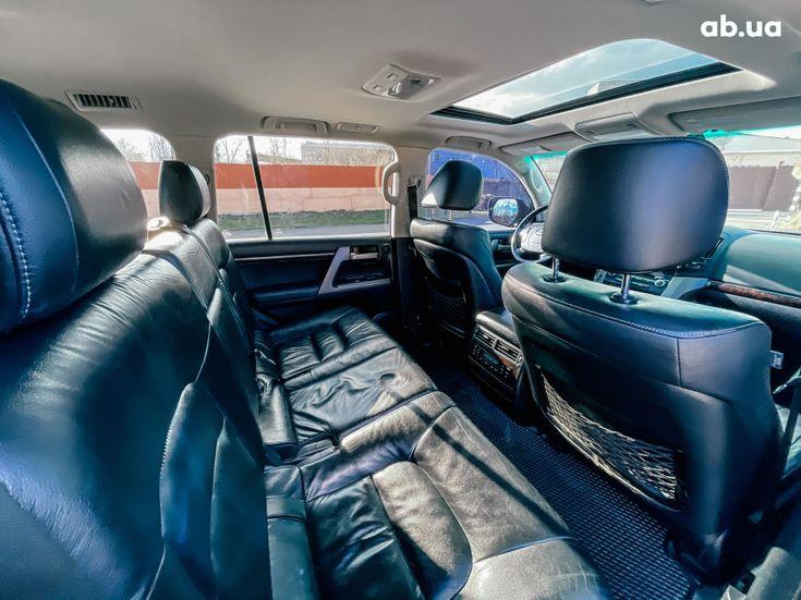 Toyota Land Cruiser 2011 черный - фото 8