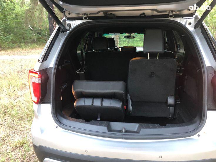 Ford Explorer 2016 серебристый - фото 13
