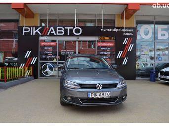 Купить Седан Volkswagen Jetta бу - купить на Автобазаре