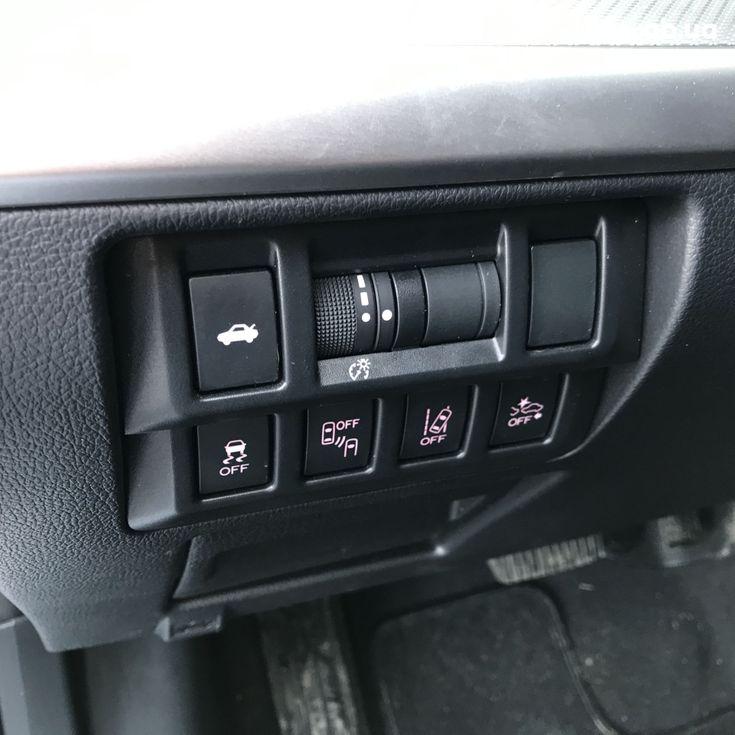 Subaru Legacy 2019 серебристый - фото 2
