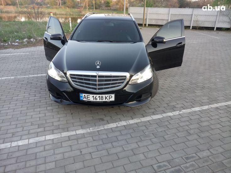 Mercedes-Benz E-Класс 2014 черный - фото 12