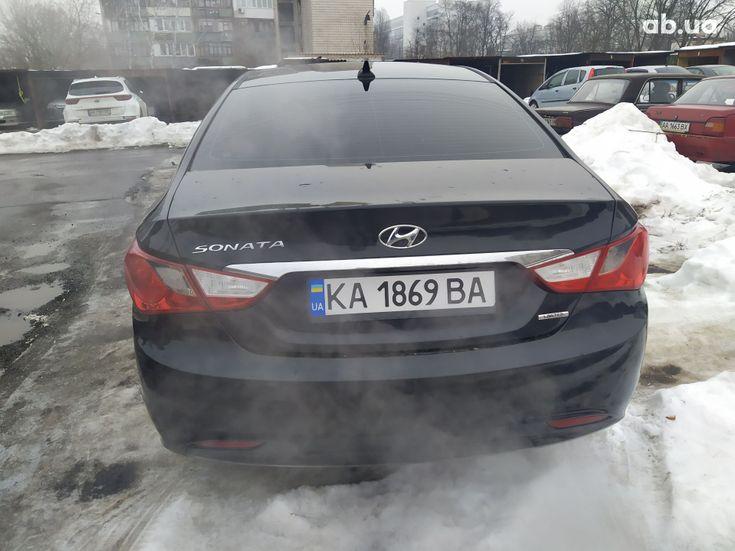 Hyundai Sonata 2011 черный - фото 3