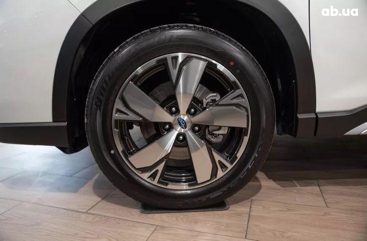 Subaru Forester 2020 белый - фото 6