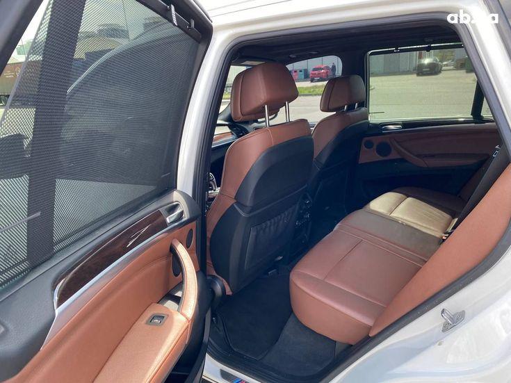 BMW X5 2012 белый - фото 10