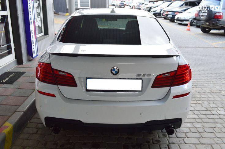 BMW 5 серия 2013 белый - фото 4