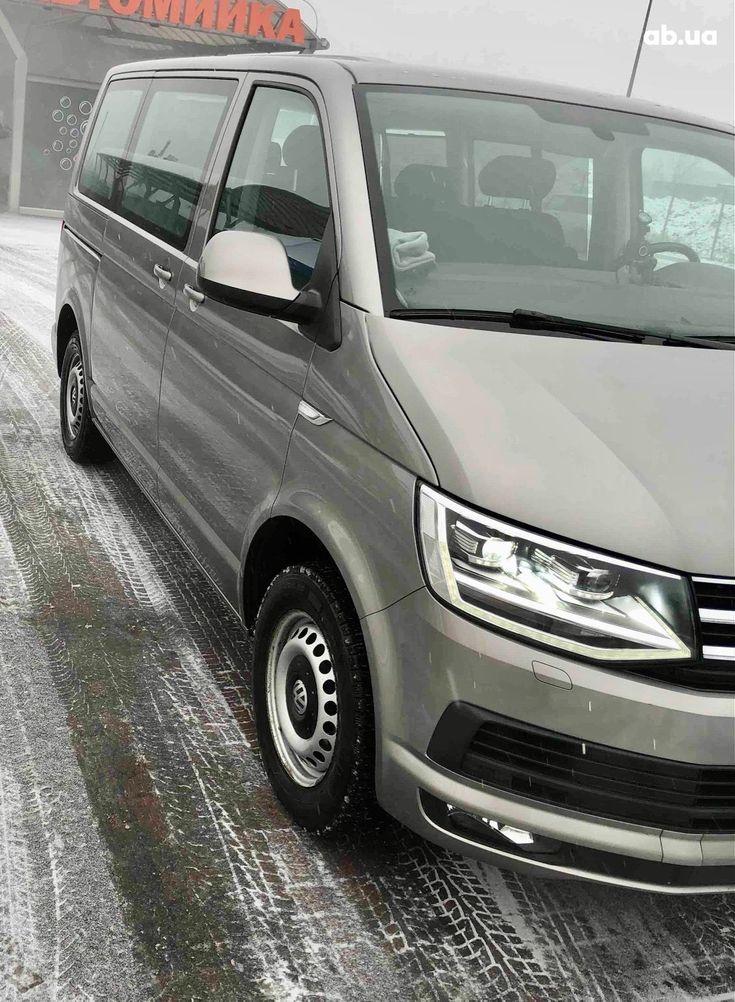 Volkswagen Caravelle 2016 бежевый - фото 6