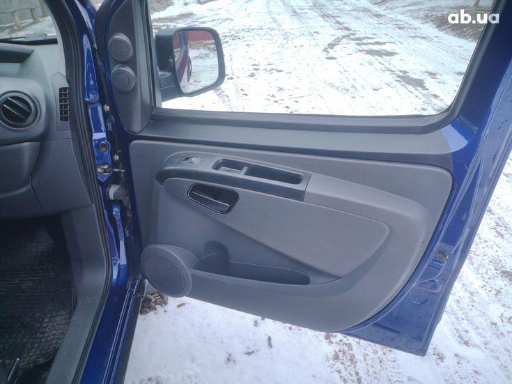 Peugeot Bipper Tepee 2008 синий - фото 9