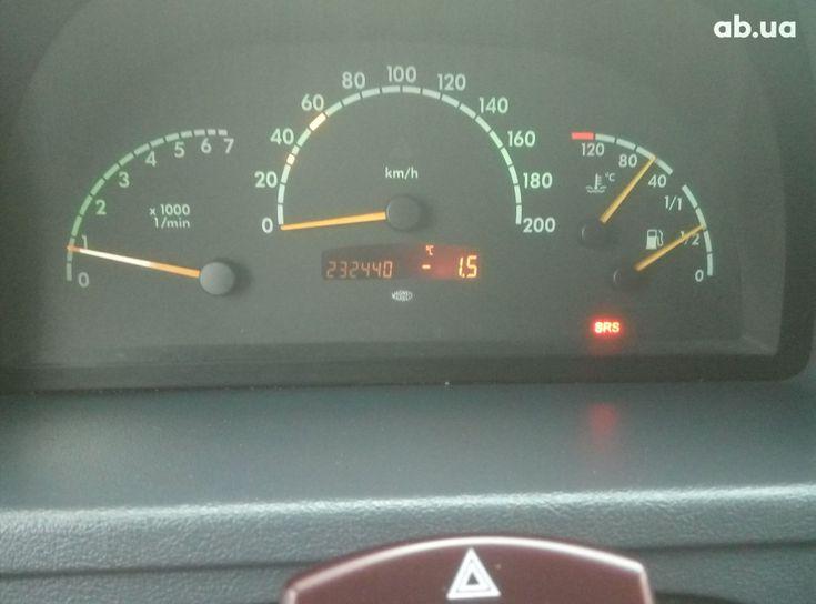 Mercedes-Benz Vito 2003 серый - фото 13
