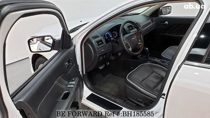 Ford Fusion 2012 белый - фото 4