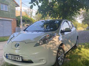 Продажа Nissan б/у 2014 года в Киевской области - купить на Автобазаре