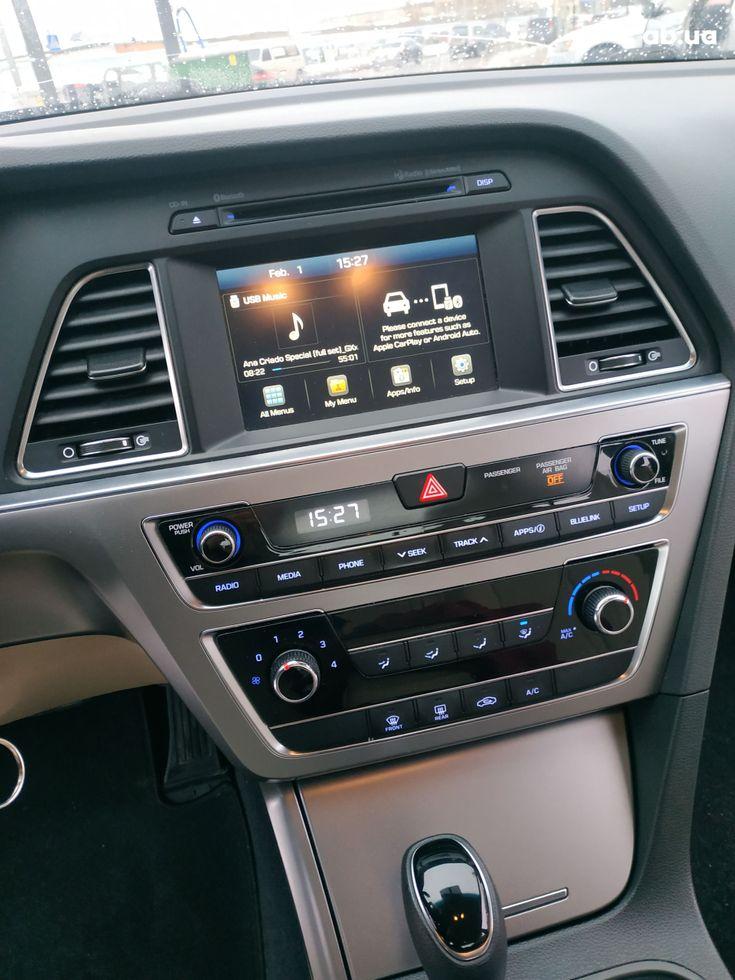 Hyundai Sonata 2016 черный - фото 13