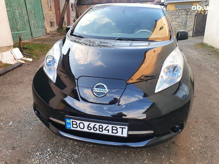 Nissan Leaf 2014 черный - фото 18