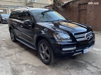 Автомобиль бензин Мерседес-Бенц GL-Класс б/у - купить на Автобазаре