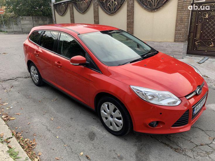 Ford Focus 2011 красный - фото 12