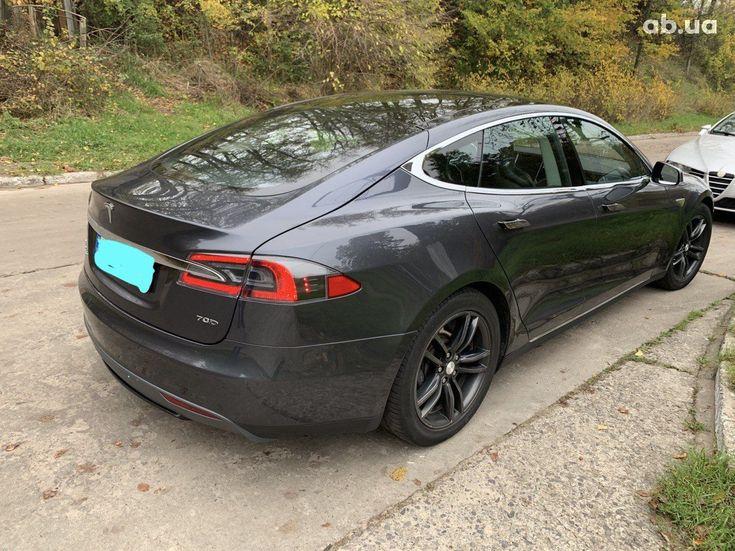 Tesla Model S 2015 серый - фото 7