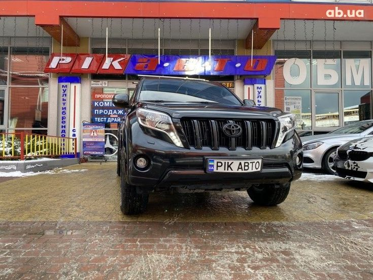 Toyota Land Cruiser Prado 2016 черный - фото 1