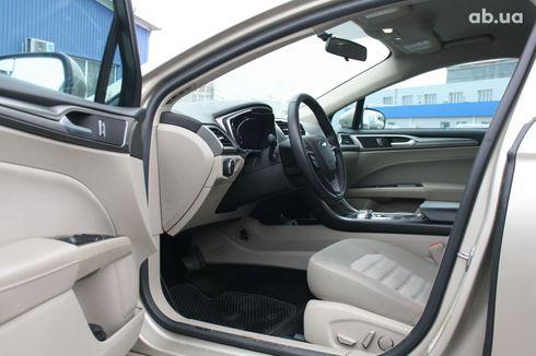 Ford Fusion 2017 серый - фото 8