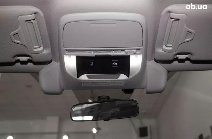 Subaru Forester 2021 белый - фото 3