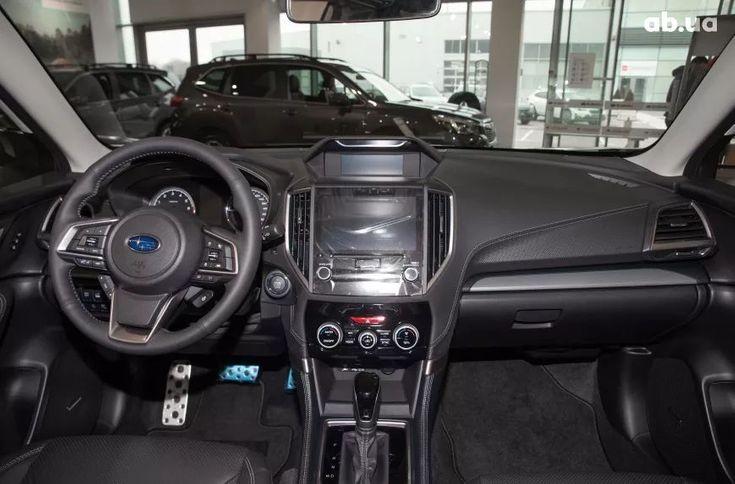 Subaru Forester 2020 белый - фото 13