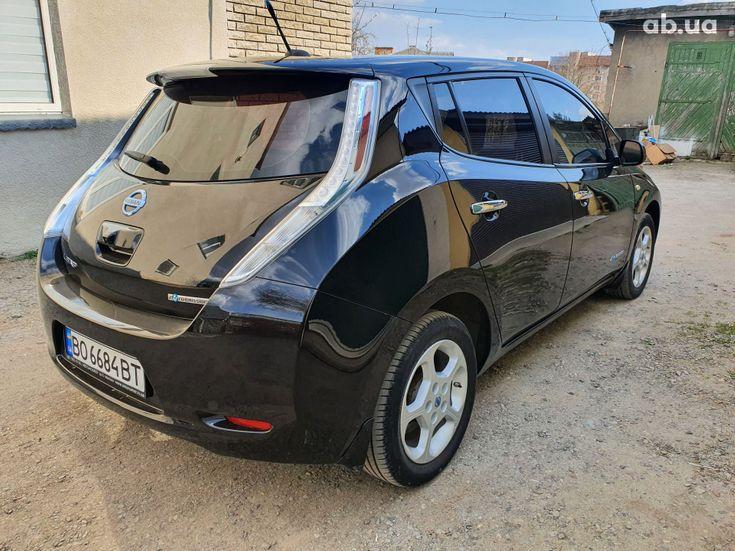 Nissan Leaf 2014 черный - фото 17