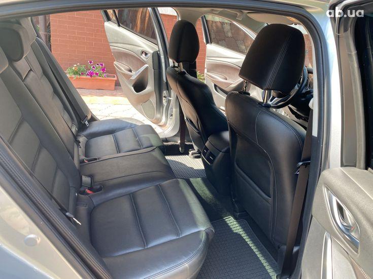 Mazda 6 2015 серебристый - фото 7